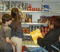 MUM Food Assistance